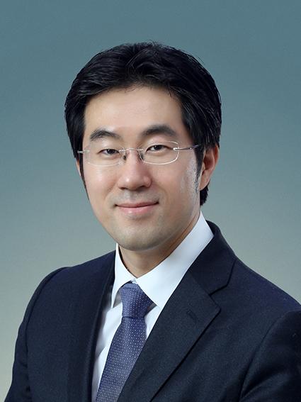 김현섭(Kim, Hyun-Seop)사진